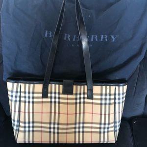 Burberry diaper bag Tote!